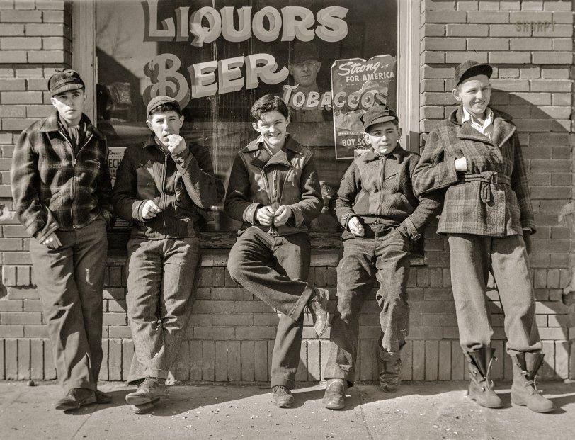 Cinco de Boyo: 1942