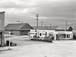 We Fix Flats: 1942