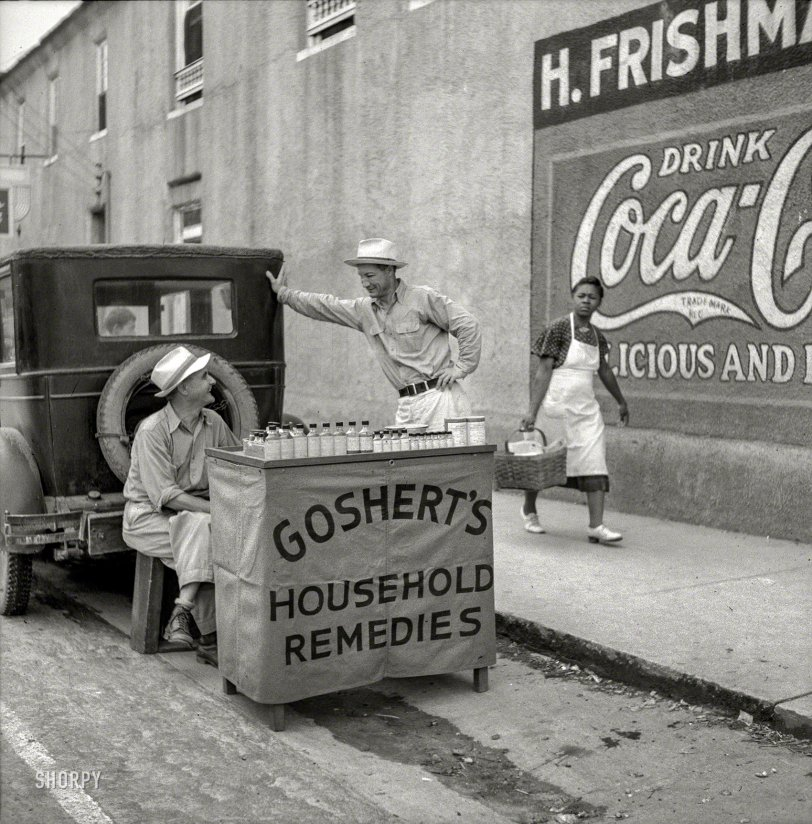 Pharmacy Alfresco: 1940