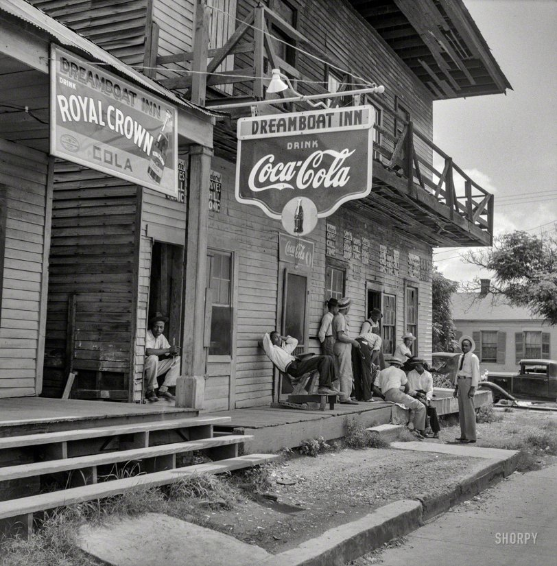 Dreamboat Inn: 1940