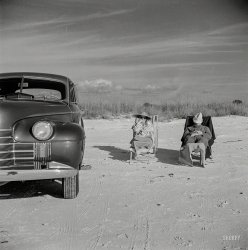 Unhitched: 1941