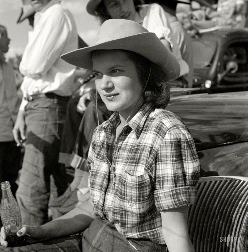 Coca-Cola Cowgirl: 1941