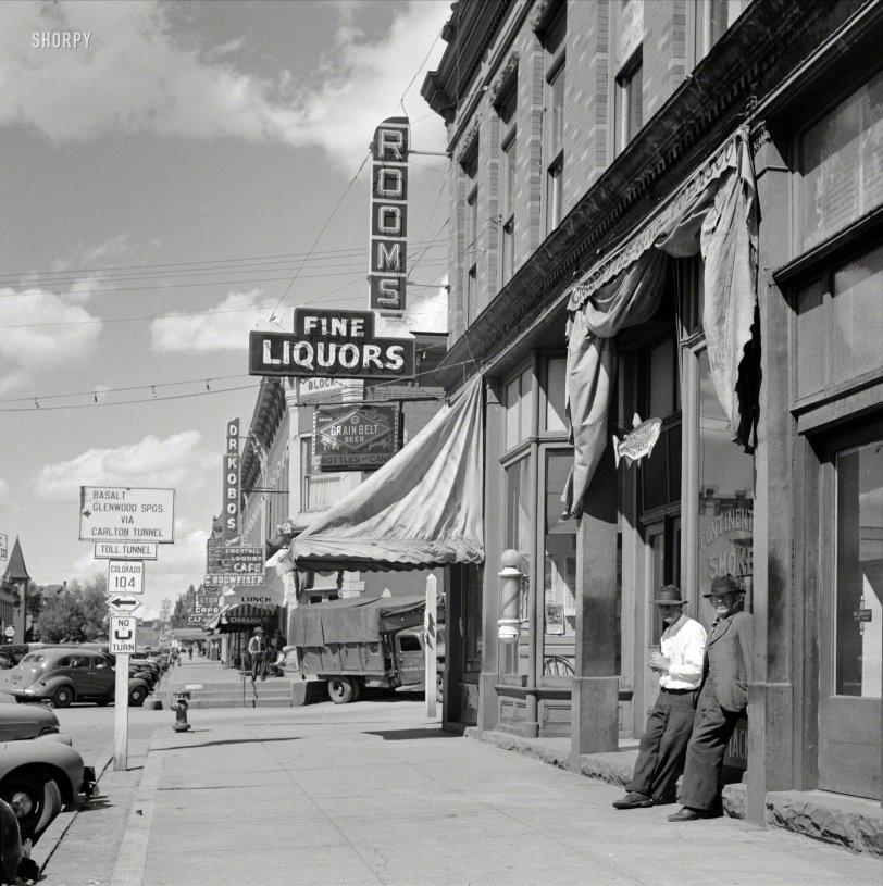 Fine Liquors: 1941