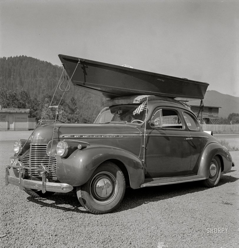 The Vacationist: 1942