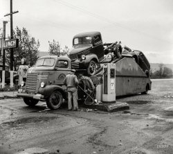 Double Truck: 1941