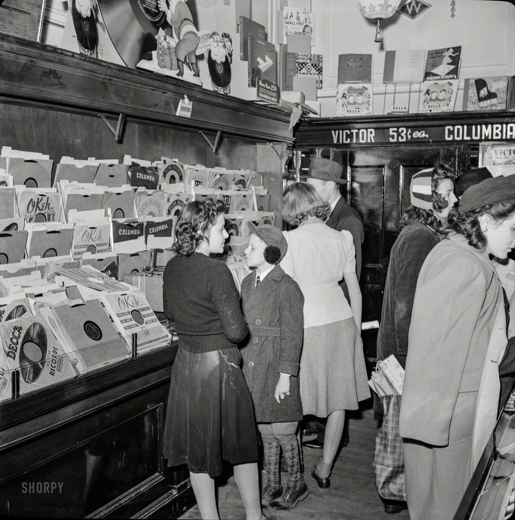 Shorpy Historic Picture Archive An Okeh Christmas 1941