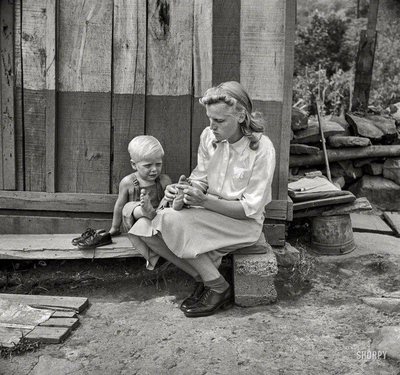 Little Feet: 1942