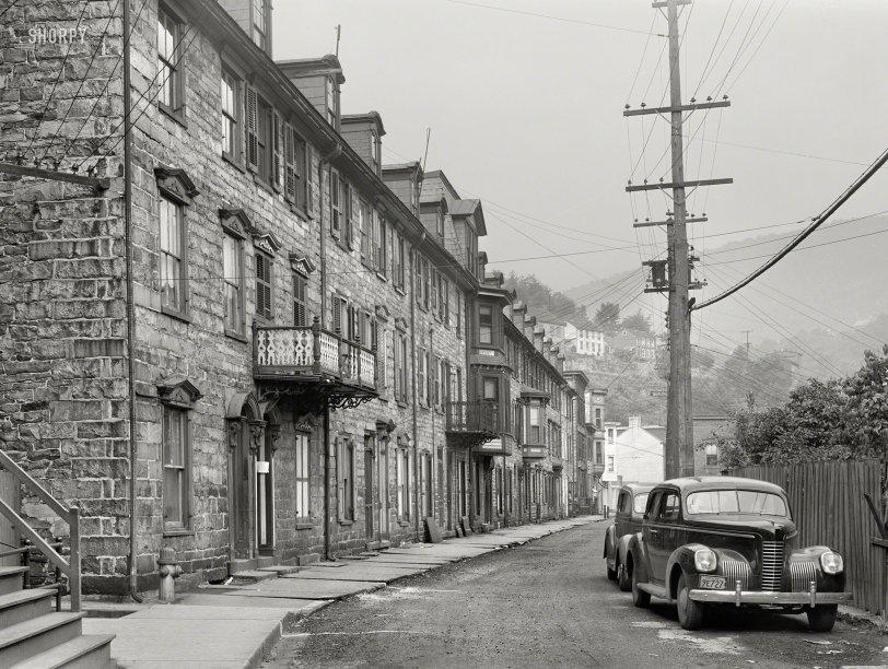 Race Street: 1940