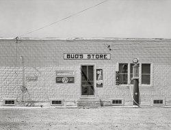 Bud's Store: 1941