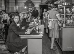 Perfect Eats: 1942