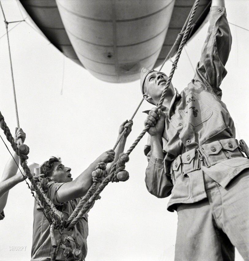 Balloon Jockeys: 1942
