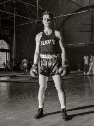 Annapolis Pugilist: 1942