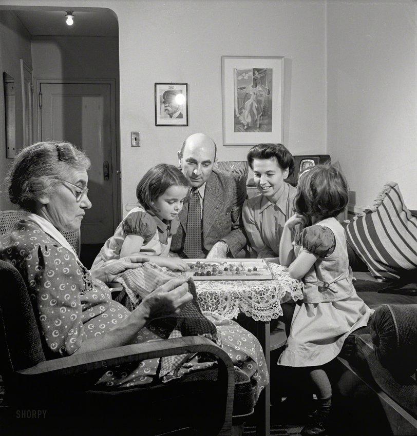 Game Night: 1942