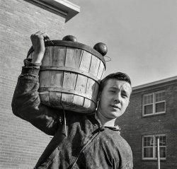 Apple Jack: 1942