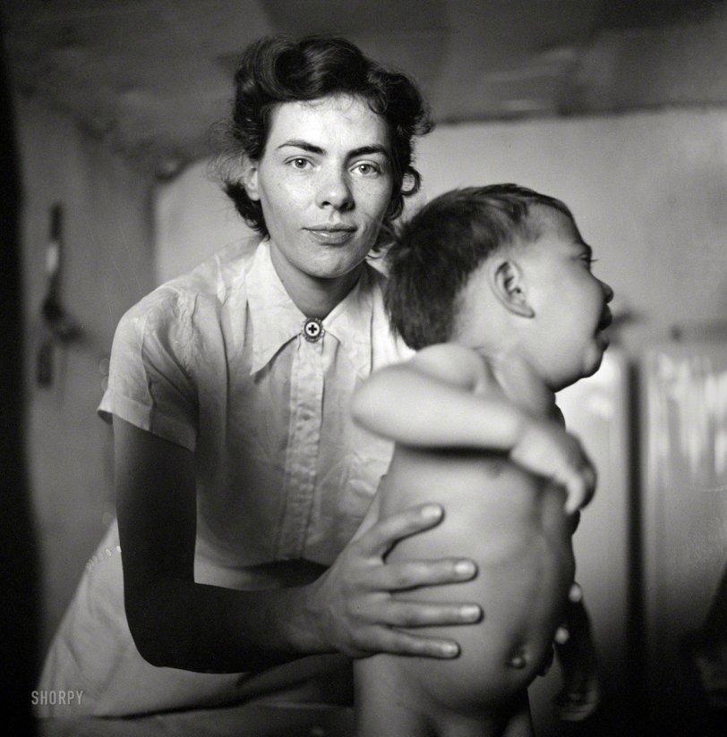 Nurse Noir: 1943