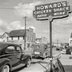 Howard's Chicken Shack: 1943