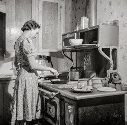 Skillet Supper: 1943