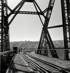 Crossing Guard: 1943