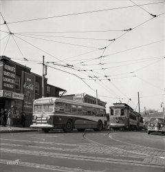 Transit Grill: 1943
