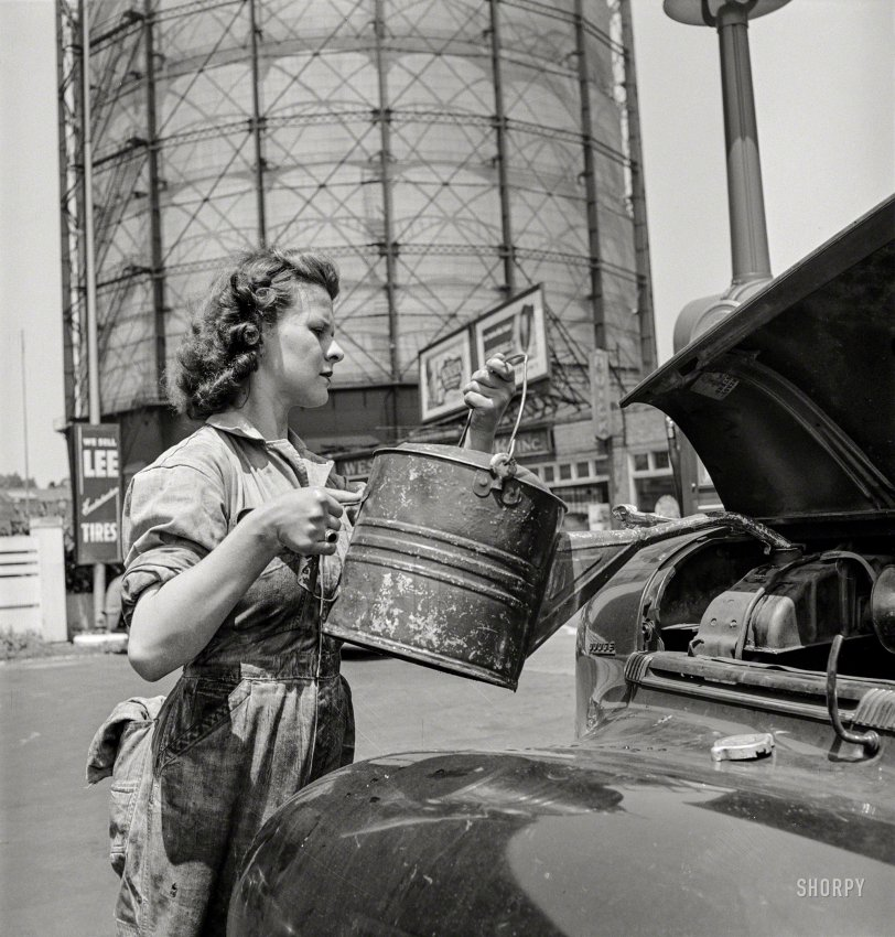 Philly Up: 1943