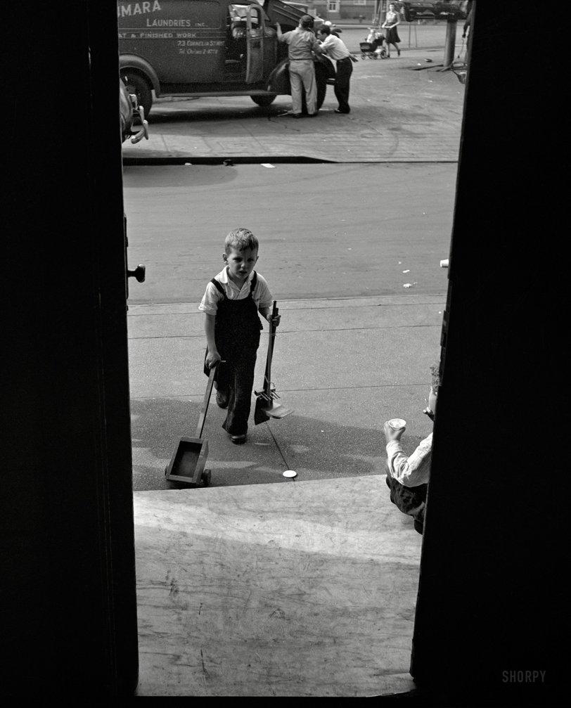 Aperture: 1944