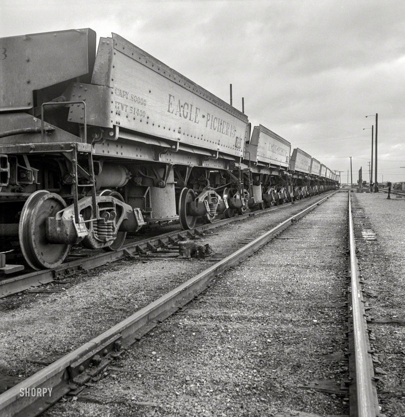 Either Ore: 1943