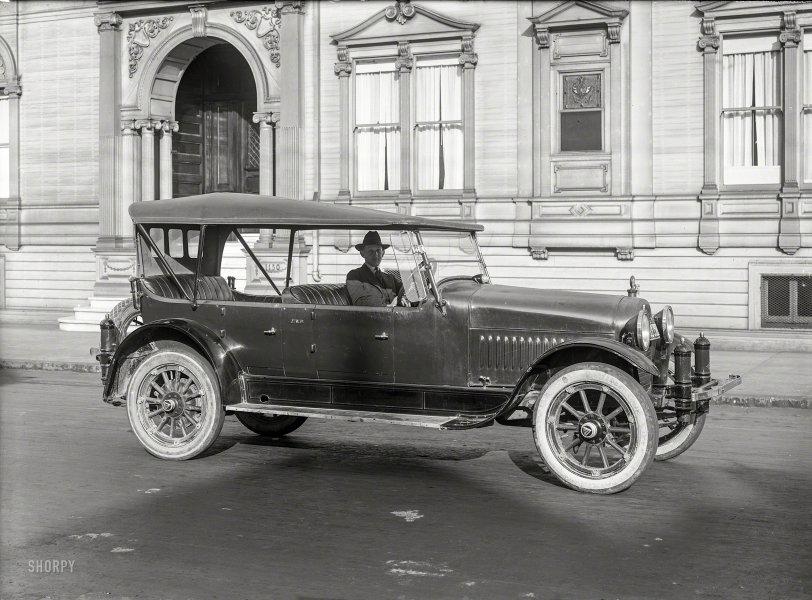 Incognito: 1920