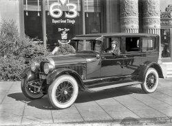 Don Lee Cadillac: 1925