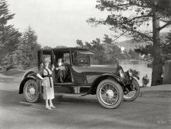 Femmes Fatales: 1920