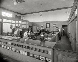Fageol Motors Co.: 1918
