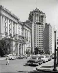 Grand Entrance: 1952