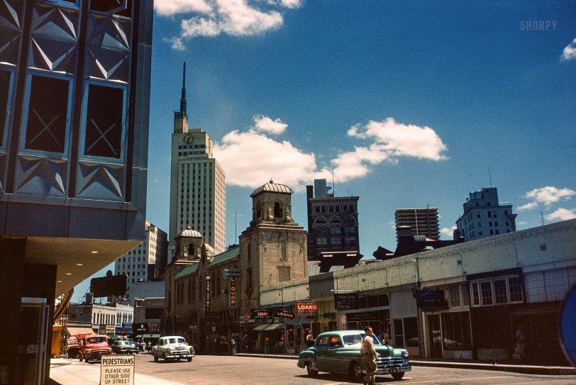 Dallas: 1954