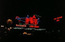 Neon Texaco: 1951