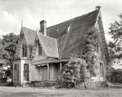 Carpenter Gothic: 1939