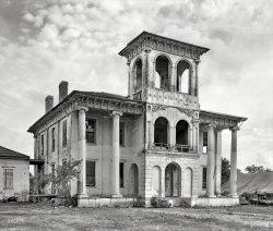 Drish House: 1939