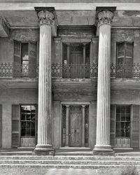 Grand Entrance: 1939