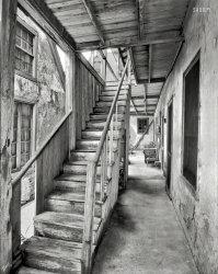 Spooky Stair: 1936