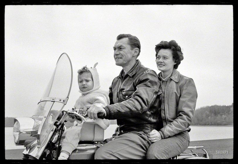 Modern Family: 1962