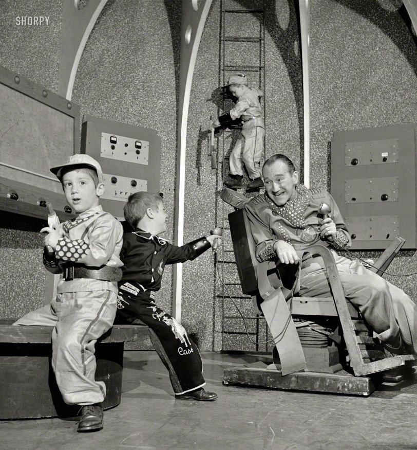 Space Cadets: 1952