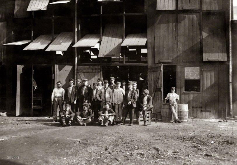 Jonas Glass Works: 1909