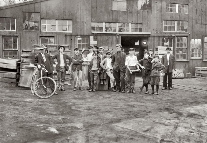 Bottle Club: 1909