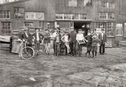 Bottle Club: 1909