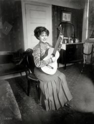 The Guitar Lesson: 1910