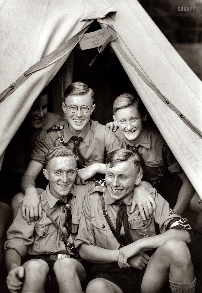 BFF: 1938