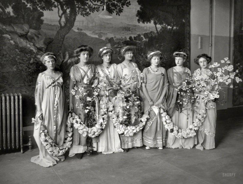 A Garland of Goddesses: 1909
