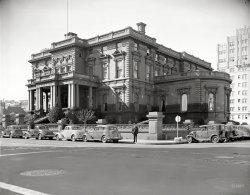 Flood Mansion: 1940