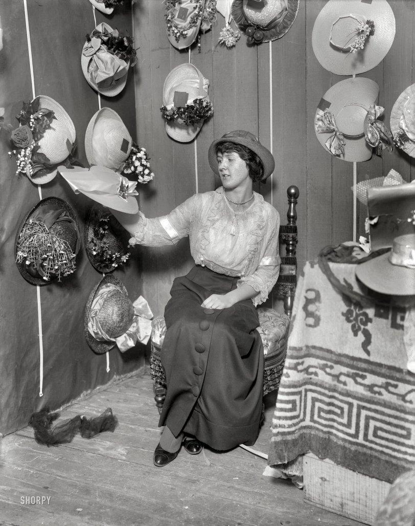 Topper: 1914