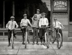Postal Boys: 1911