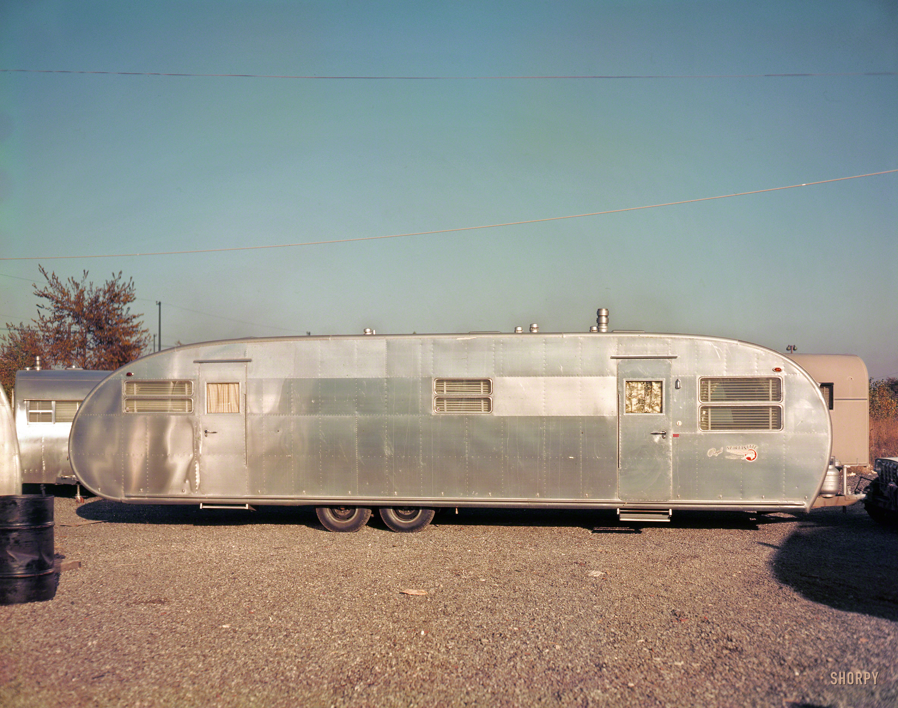 Rolling Travel Trailer Images