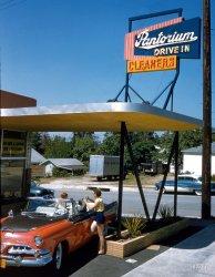Pantorium: 1956